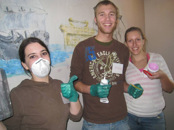 Day of Caring student helpers (from left to right): Nikki Davidson, Jordan Oosentbrink and Kate Budd.