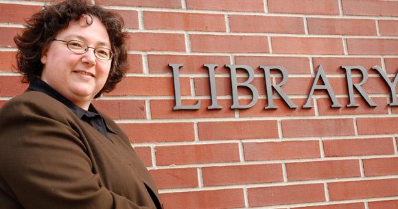 Chief Librarian Melody Burton