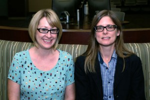 Lori Walter (right) with Centre for Scholarly Communication Coordinator Amanda Brobbel.