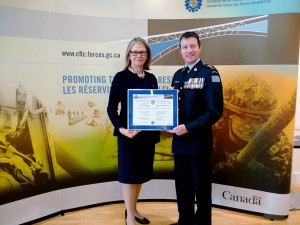 Deputy Vice-Chancellor and Principal Deborah Buszard accepted UBC Okanagan's Canadian Forces Liaison Council Provincial Award of Excellence in recognition of UBC's support of reservists, such as Lt. Col. Mike McGinty.