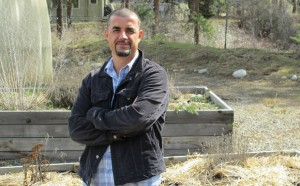 Sociology professor Luis L. M. Aguiar is studying how climate change is impacting labour processes in the corporate agricultural food industry.