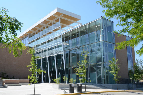 UBC Okanagan's Reichwald Health and Sciences Centre was specifically built with energy savings in mind.