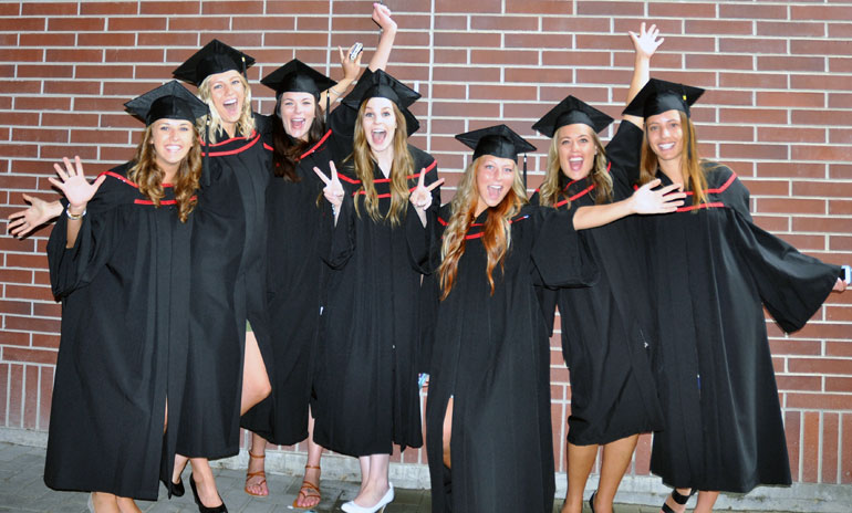 Nursing students celebrate at UBC's Convocation.