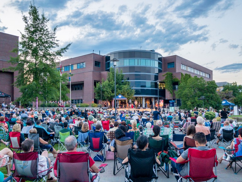 An estimated 800 concert-goers enjoy Opera Under the Stars at UBC Okanagan